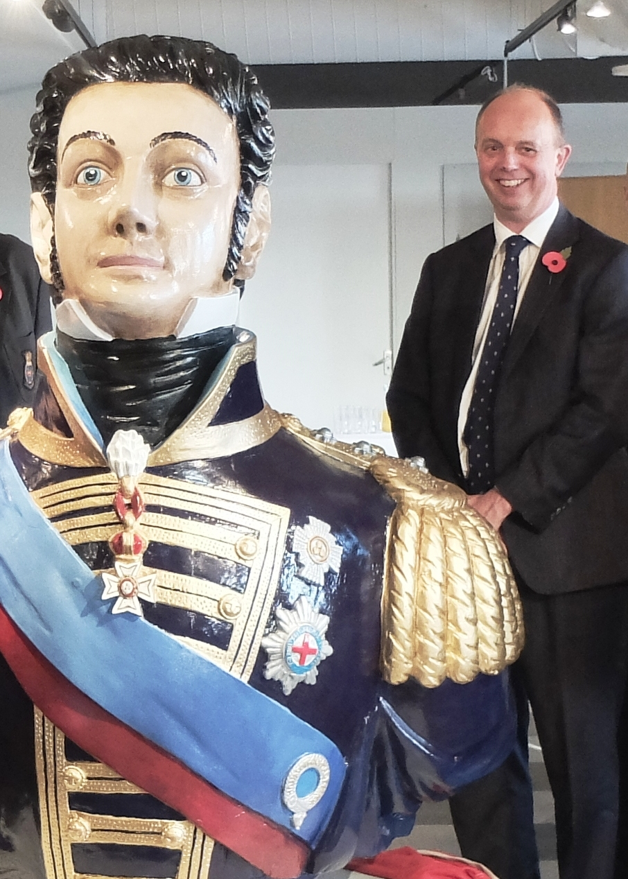 HONORARY PRESIDENT_Sir Michael Bibby Bt (M.D. Bibby Line Group) at the King Billy figurehead unveiling 2016
